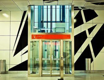 История на асансьоритe